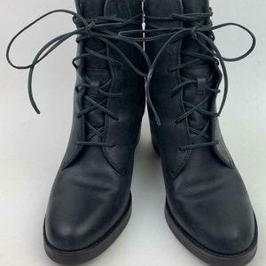 UGG Oriana Lace-Up Boot sz 8.5